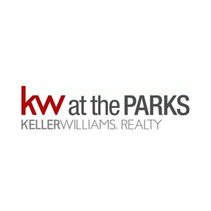Jeanne McKnight with Keller Williams at the Parks